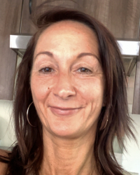 Jayne Sanders - Experienced Adult & Couples Counsellor