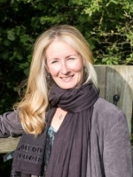 Becky Willoughby  MBACP  Integrative Counsellor     Child and Family Counselling
