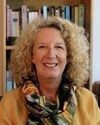 Linda Ellis. UKCP Accredited, Registered MBACP.