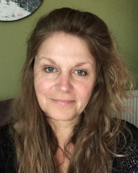 Kim Bowers MBACP Counsellor and Psychotherapist for individuals and Couples