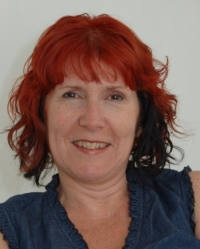 Lynsey Lowe, Counsellor & psychotherapist, Supervisor & Trainer
