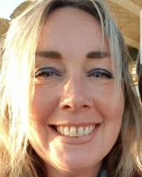 Emma Fialho Counselling Psychotherapist BA (hons) MBACP) Dip EMDR (MSFTR)