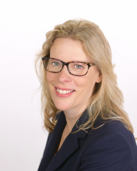 Dr. Jo Seely - Chartered Clinical Psychologist & Accredited CBT Therapist
