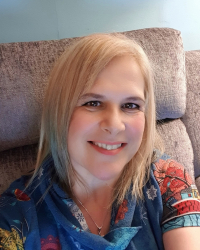 Shelley Lamprell-Josephs PGDip, BA(Hons), Integrative (Holistic) Psychotherapist
