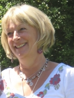 Deborah Everett MBACP, BA(Hons) Integrative Counselling,