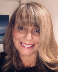 Roslin Macdonald, PMCOSCA, BACP, Dip & Clinical Supervisor