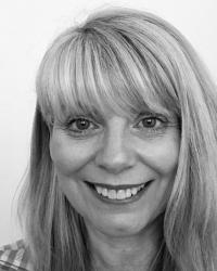 Roslin Macdonald, PMCOSCA, Dip & Clinical Supervisor