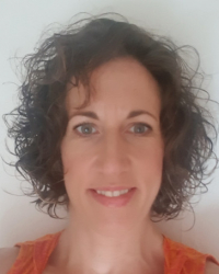 Emily Rooney, UKCP, Relational Counsellor & Integrative Psychotherapist