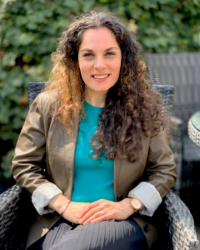 Dr. Mona Michels: Counselling Psychologist, CBT Therapist DPsych, MSc, BSc, HCPC