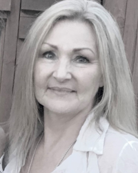 Lisa-Marie Dutfield Person-Centred Counselling & Psychotherapy (FdSc) (MBACP).
