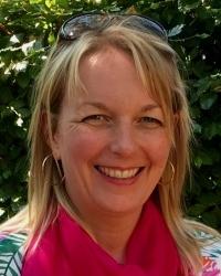 Nicola Griffiths