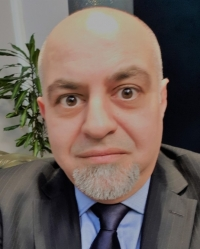 Dr Andrew Maleknia CPsychol