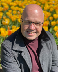 Lee Martin MBACP(Accred),MA Psychotherapy,BA(Hons),PGDIP Supervision, EMDR