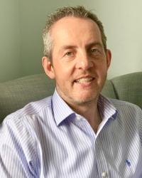 Dr Darren McClounan, UKCP Registered Psychotherapist; MUPCA (Accred)