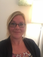 Gill Bicknell  -  Psychodynamic Counsellor     MBACP registered       B.A.(hons)