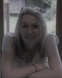 Eleanor Cooper-McCann  BSc (Hons)Counselling MBACP(Accred) CBT & EMDR Therapist