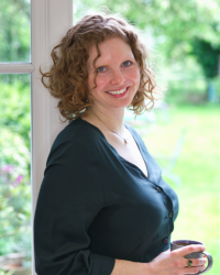 Dr Rebecca Knowles Bevis (C. Psychol, BABCP Accredited)