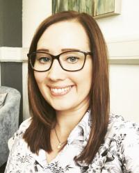 Emma McDonald. CBT Therapist & EMDR Therapist (Bsc Psy. PGcert Psy. PGDip CBT)