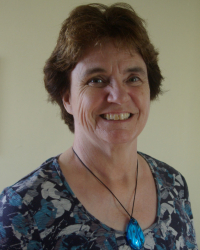 Beverly Franks, Dip Couselling & Psychotherapy, UKCP Reg.