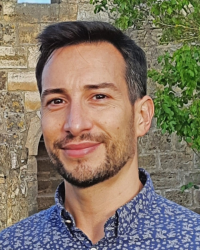 Dr Thomas T Italiano, DClinPsy, Clinical Psychologist & CBT therapist.