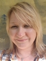 Leanne Hollis  Registered (MBACP) Psychodynamic therapist.