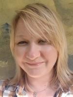 Leanne Hollis  Registered (MBACP) Psychodynamic therapist.