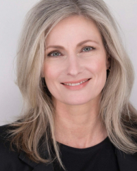 Veronika Kloucek MA UKCP MBACP (online)