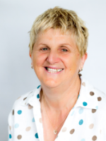 Mandy Alexander MBACP (Dip Contemporary Psychodynamic Counselling)