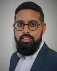 Dr Abdullah Mia