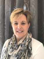 Lynne East, Dip, MBACP Integrative Counsellor at Be & Believe Counselling.