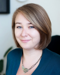 Chloe Edwards, Integrative & EMDR Therapist