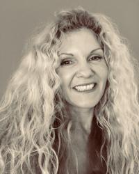 Sara Wolfin (M.BACP)