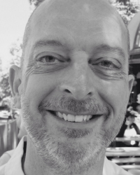 Ian Leigh BA (Hons), PG Dip Psychotherapeutic Counsellor (MBACP registered)