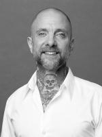 Jon Gee. MBACP. Harley St Psychotherapist, Mindfulness Based.
