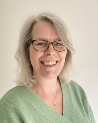 Ceri Phillips - Psychotherapeutic Counsellor, Clinical Supervisor, MBACP