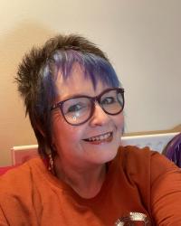 Elaine Bond UKCP Registered