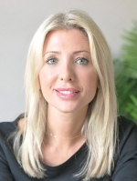 Gina Easom (MBACP, PG Dip, BSc Hons)
