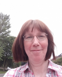Linda Panek Counsellor, Accredited Registrant Member MNCS Accred, Rotherham