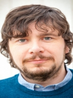 Kevin Hunt BSc (Hons), MA Counselling, MBACP (Accred)