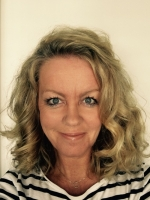 Victoria Fulljames MA, Psychotherapist and Counsellor ONLINE SESSIONS AVAILABLE