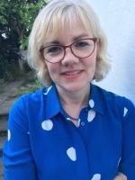Hannah L Cruttenden, UKCP-Registered Psychotherapist; DPhil, MBPsS
