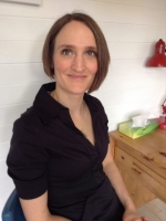 Claire Walsh BA (Hons) MA, HCPC registered Art Psychotherapist