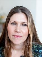 Jennifer Cox,          Child Psychotherapist & Counsellor MA, MBACP reg