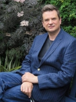 Gavin Conn MBACP, BSc (Hons)