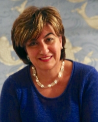 Gina Bate - Counsellor & Psychotherapist Registered MBACP, B.A. (hons), Dip.H.E.