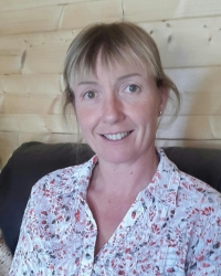 Michelle Hitt MBACP Accredited Counsellor & EMDR therapist for children & adults
