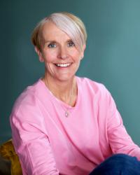 Sarah Bailes ( BA Hons, MBACP, PG Dip)