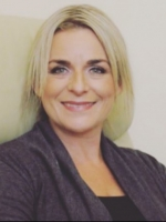 Bernadette Kavanagh. Integrative Counsellor MBACP, MNCS (Accred)