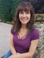 Tara North MBACP (Treefrog Counselling Services)
