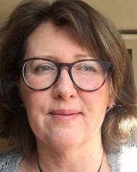 Daniela Szukiel, Chartered Counselling Psychologist and EMDR Therapist